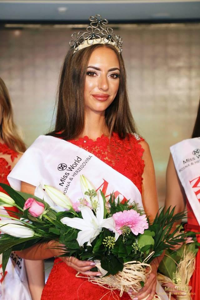 Miss BiH za 2017 godinu je Aida Karamehmedović
